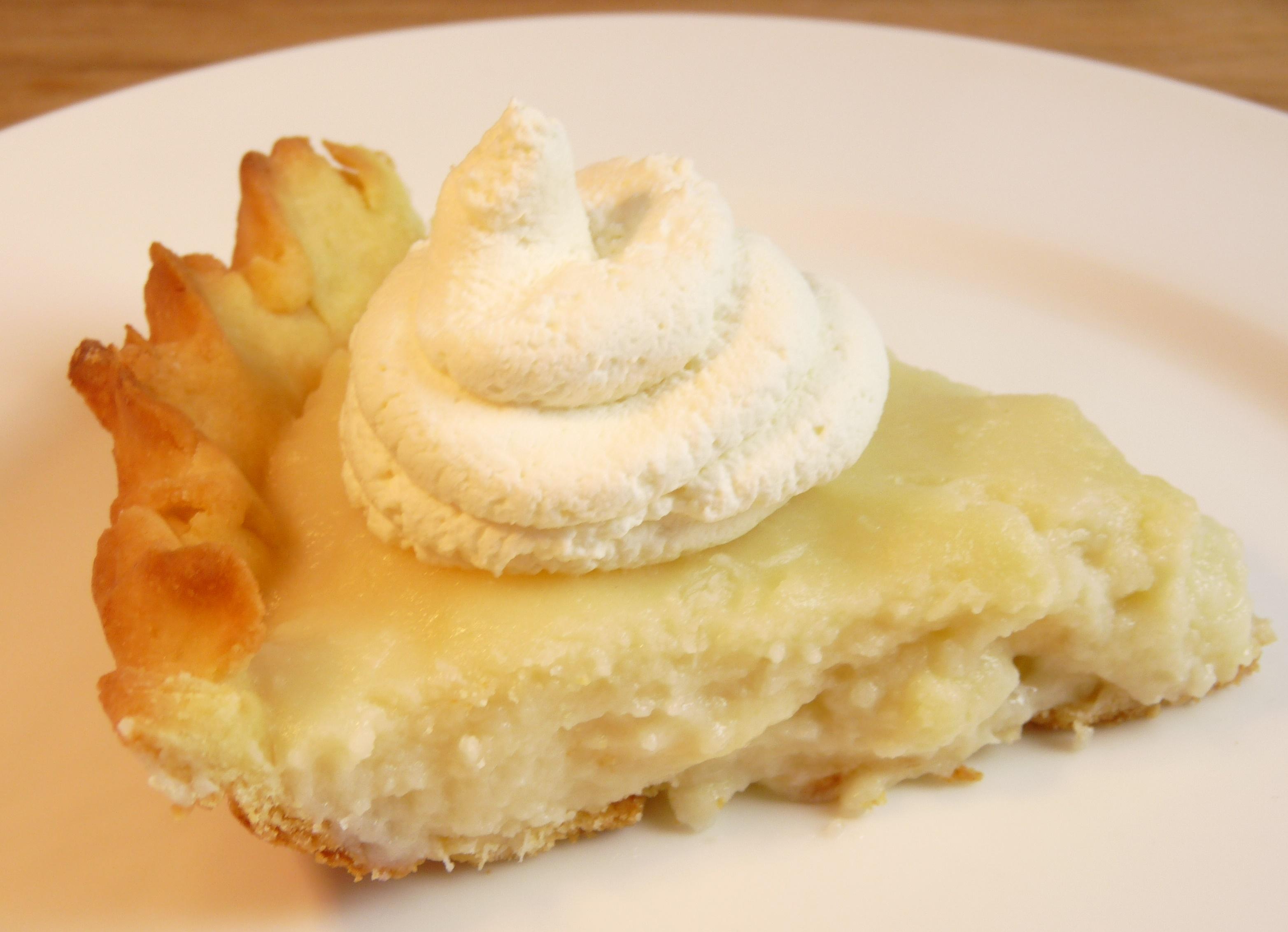Gluten Free Banana Coconut Cream Pie - thedigestersdilemma.com